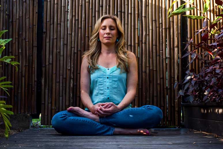 juzzy_meditating